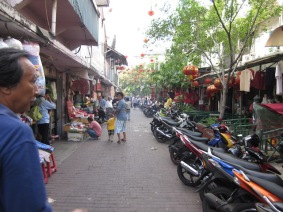 Walking down the street in Glodok